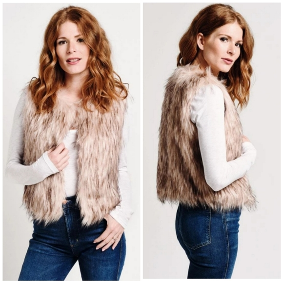 BB Dakota Jackets & Blazers - NWT BB Dakota Barbarella Faux Fur Vest S